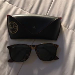 Raybans with case (Chris)